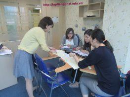 Buổi training về kỹ năng giảng dạy và định hướng tuyển dụng