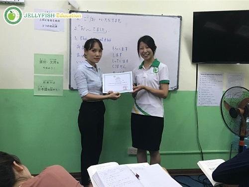 hp-mai-phuong-hoc-tieng-nhat-tai-jellyfish-education