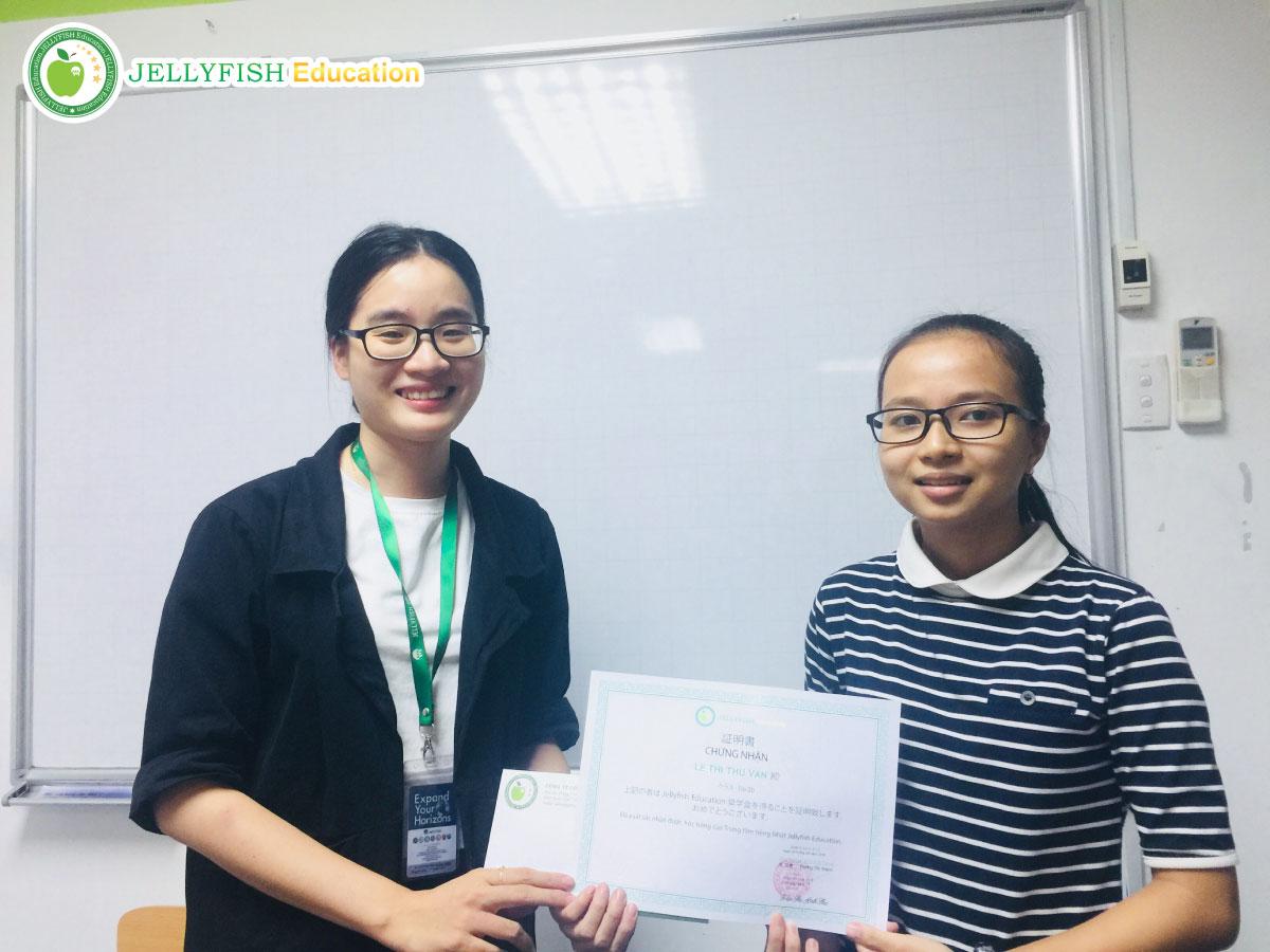 Bạn Lê Thị Thu Vân - Lớp: N5 2U – CN Huế