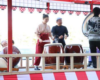 Các bạn thấy tôi trong lễ hội của Nhật chứ ^^