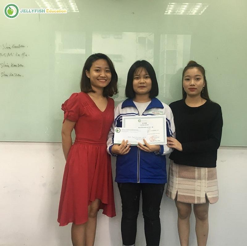 Bạn Nguyễn Diễm Quỳnh – Lớp N4 1P – CN Hà Nội