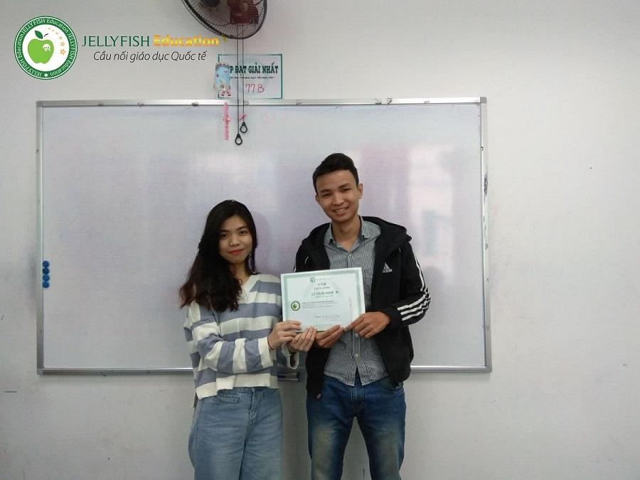 Bạn Lý Hoài Nam – Lớp 114B N4 – CN Đà Nẵng