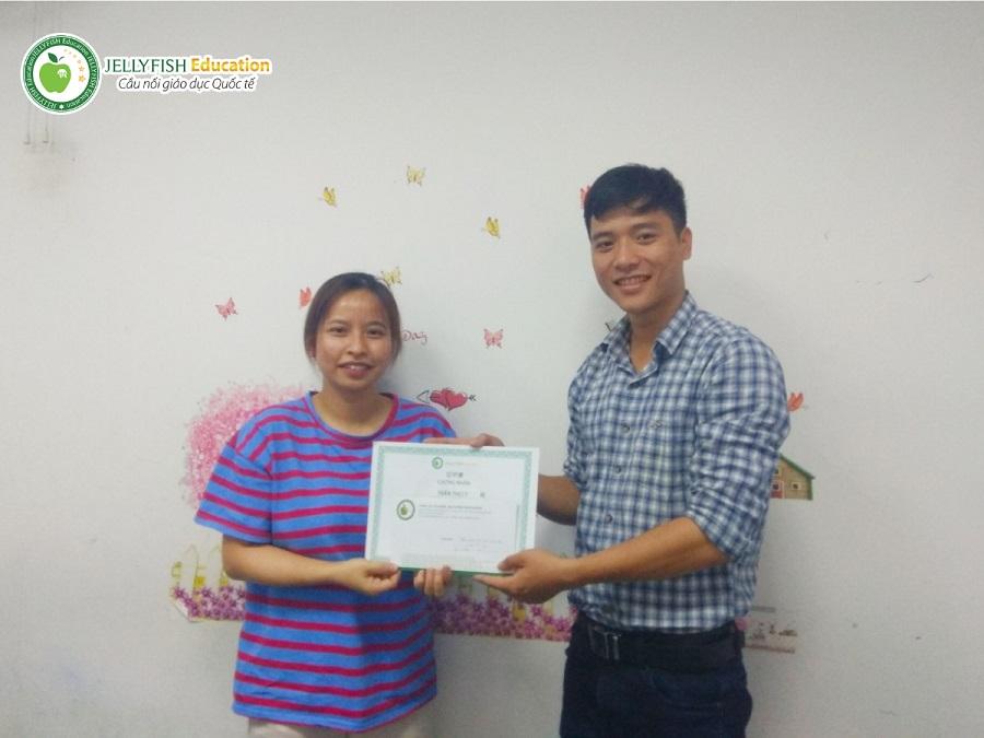Bạn Trần Thị Ly - CN Đà Nẵng Lớp: 118B - N4