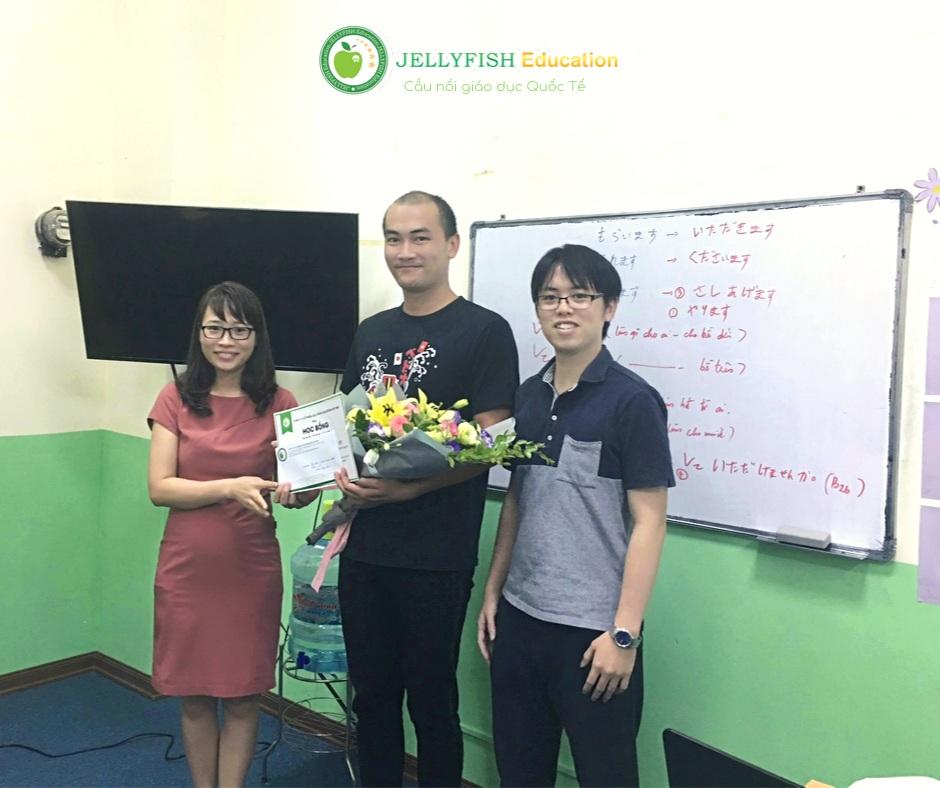Bạn Trần Anh Tuấn - Lớp 1B N5 - CN Hải Phòng