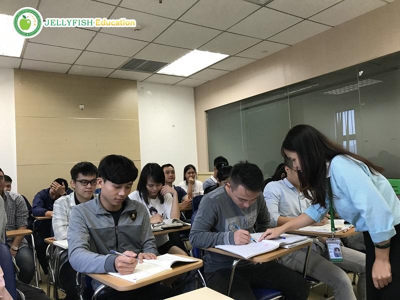 Học tiếng Nhật N2 tại Jellyfish Education