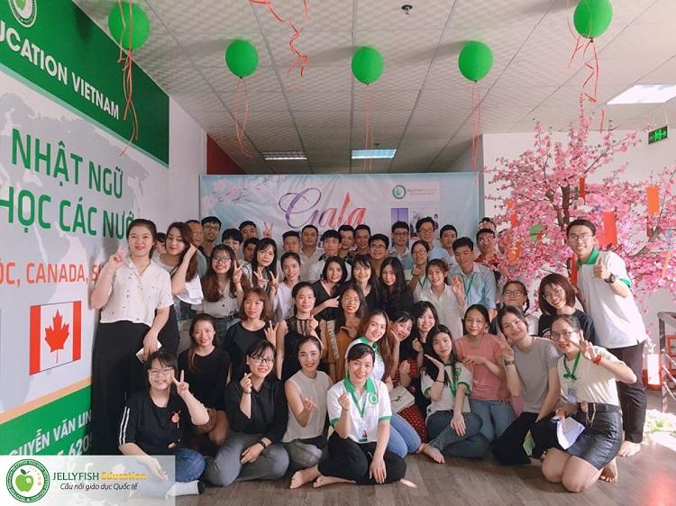 Gala 20/11 - Tri ân Thầy cô giáo Jellyfish Education - CN Đà Nẵng ảnh 1
