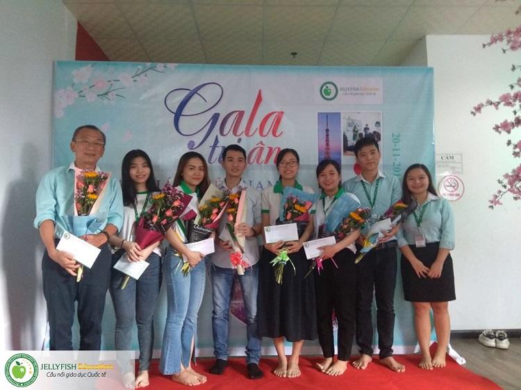 Gala 20/11 - Tri ân Thầy cô giáo Jellyfish Education - CN Đà Nẵng ảnh 2