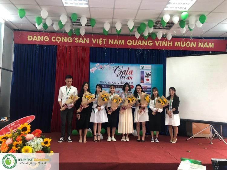 Gala 20/11 - Tri ân Thầy cô giáo Jellyfish Education - CN Huế ảnh 2