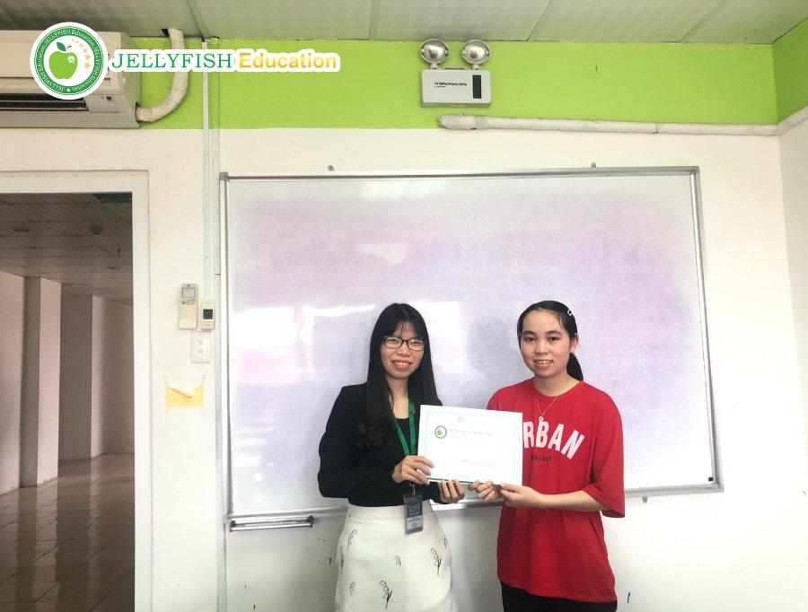 Bạn Nguyễn Thị Như Quỳnh - Lớp N5CT - CN Huế